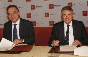Rossi-firma-con-prefetto-di-Massa