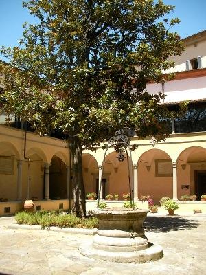 chiostro-interno istituto-europeo