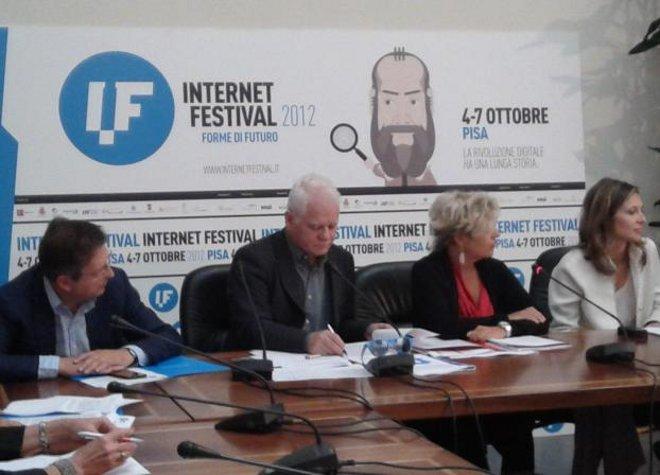 Presentaz internet festival Pisa