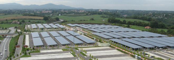 pannelli fotovoltaici sui parcheggi