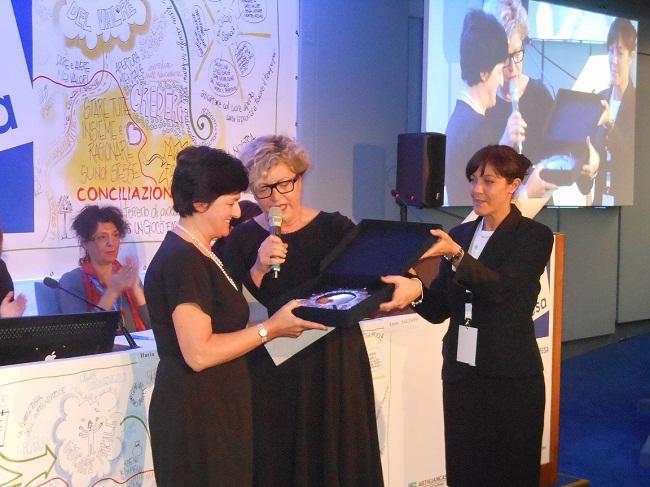 Adonella-Fiorito-premiazione