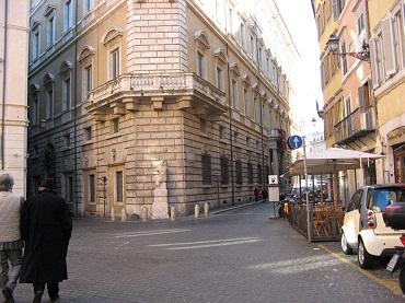 strada Roma statua Pasquino
