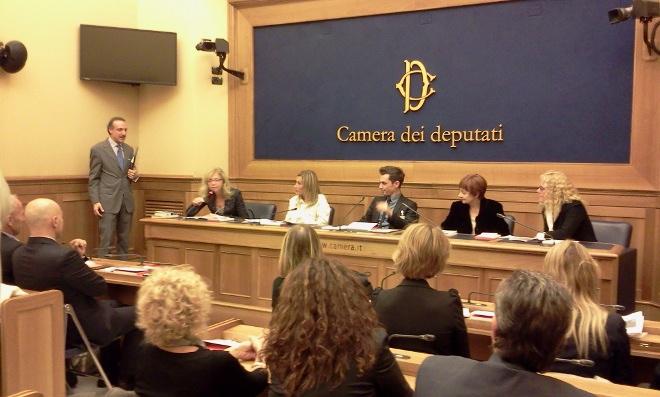on Fucsia Nissoli durante la conferenza stampa Voce Donna