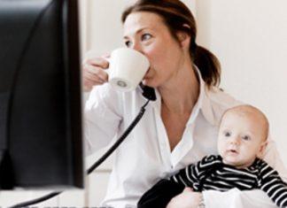 foto-contratto-ricollocazione-mamme-lazio