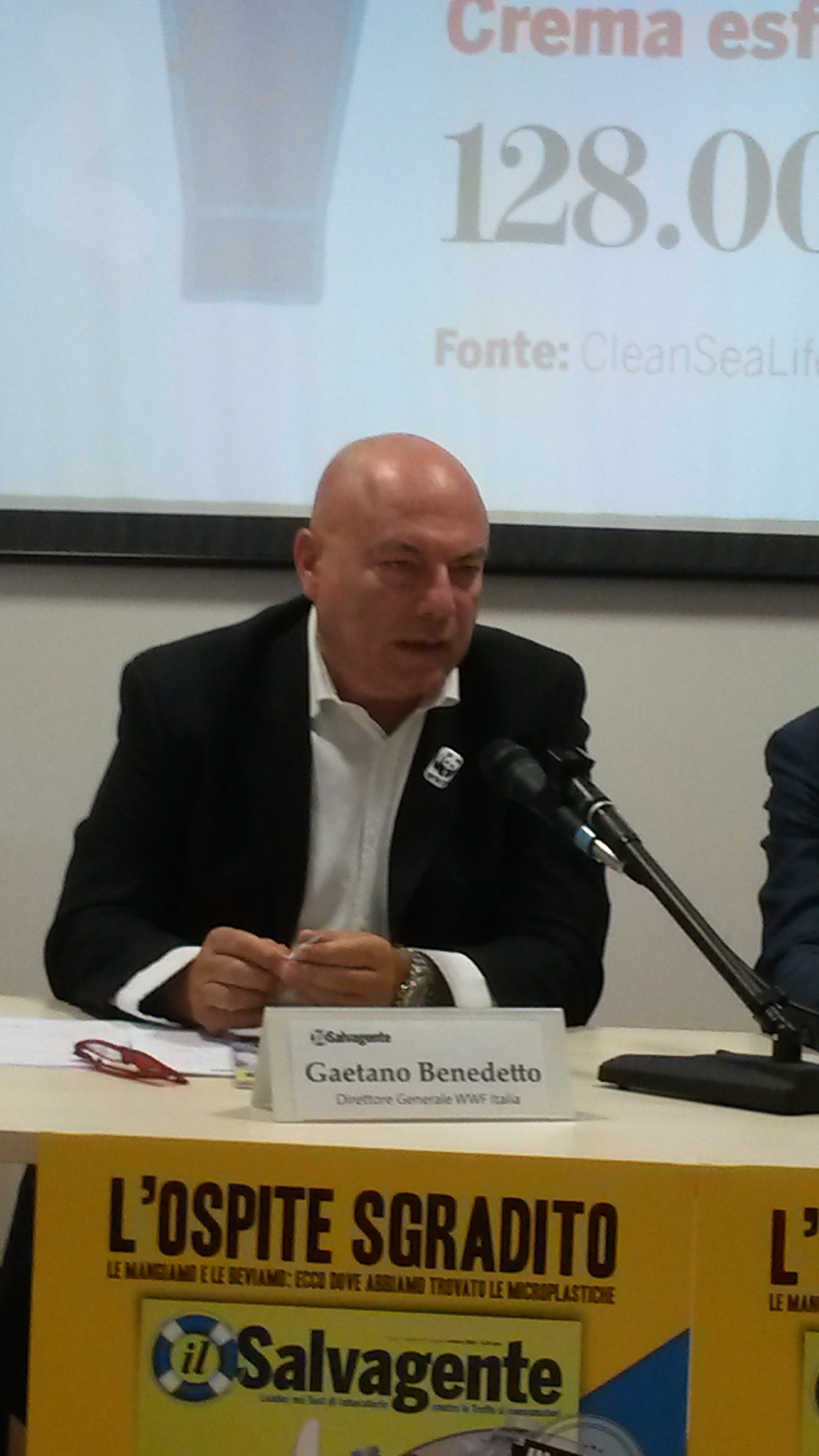 microplastica - direttore WWF Italia